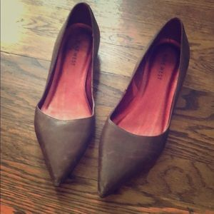 Brown Leather Nine West Flats with Tiny Heel